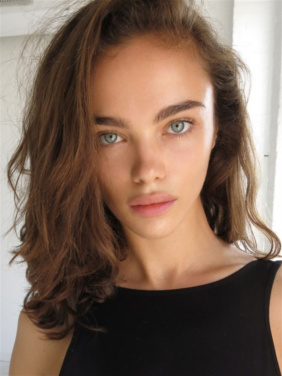 Fappening Pictures Jena Goldsack naked photo 2017